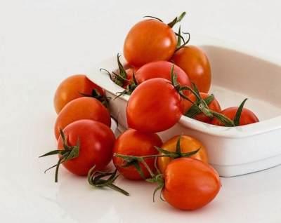 Masker Tomat Ada Efek Sampingnya, Benarkah?