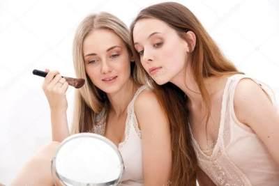 Simak Jenis dan Cara Bermake Up Natural untuk Pemula Ini, Dijamin Penampilanmu Terlihat Cantik dan Fresh Sepanjang Hari