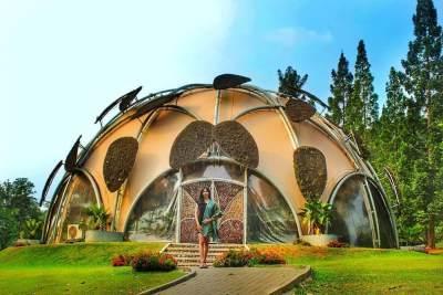 Tempat Wisata Di Bogor Dekat Stasiun Bogor