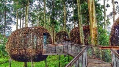 Liburan ke Bandung, Jangan Lewatkan 5 Tempat Wisata Terbaik Ini Moms!