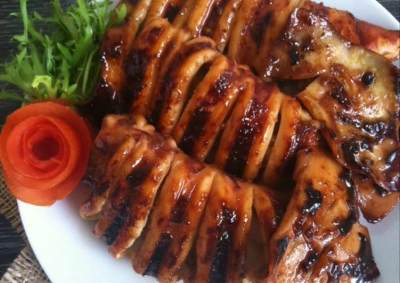 Ide Makan Malam Weekend Ini, Yuk Coba Resep Ragam Cumi Bakar Moms!