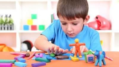Wajib Tahu Moms, 5 Jenis Permainan Ini Bagus Untuk Melatih Kecerdasan si Kecil!