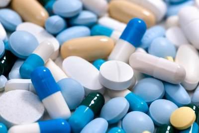 Obat yang Selalu Wajib Dihabiskan, Yuk Cari Tahu Kandungan Antibiotik untuk Tipes