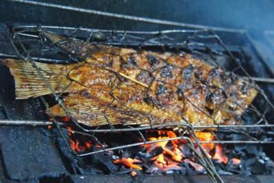 Aneka Resep Ikan Gurame Bakar, Bikin Sendiri Yuk, Moms!