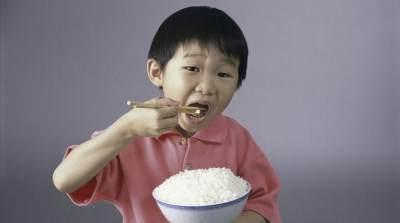 Moms, Intip Manfaat Nasi Putih Rendah Kalori dan Cara Memasaknya