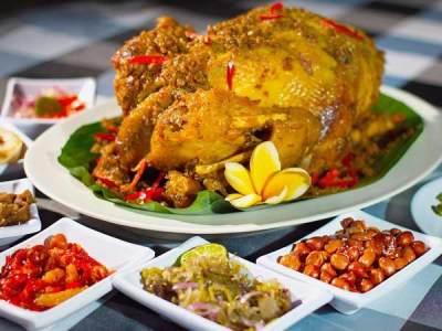 Makanan Khasl Bali - Ayam Betutu