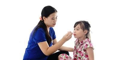 Antibiotik Alami untuk Atasi Batuk Anak? Wah Moms Perlu Tahu Nih!
