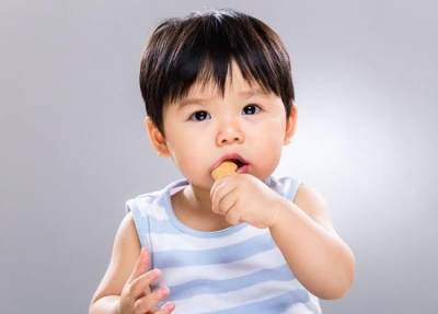 Stimulasi Bayi Usia 8 Bulan Ke Atas