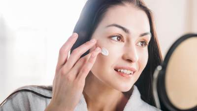 Kenali Cream Pemutih Wajah yang Aman Untuk Ibu Hamil dan Cara Membuatnya
