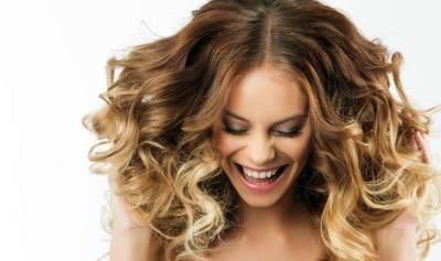 Cara Merawat Rambut Bercabang, Kering, dan Rontok
