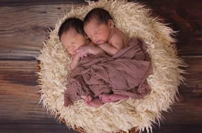 Ingin Hamil Bayi Kembar? Yuk, Moms Konsumsi Makanan Ini
