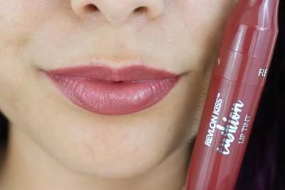 Cantik Elegan, Pilih Lipstik Revlon yang Sesuai Warna Kulit Moms