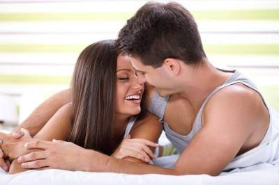 Manfaat Ciuman Bibir