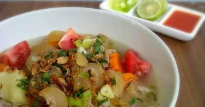 Coba Resep Sop Kikil - Makanan Khas Jawa Timur di Rumah Yuk, Moms!