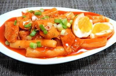 Yummy! Ini Makanan Korea yang Lagi Hits di Indonesia dan Cara Membuatnya