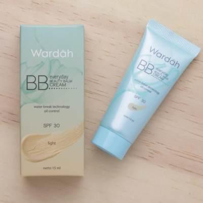 Manfaat DD Cream Wardah, Lebih Bagus Mana dengan BB Cream?