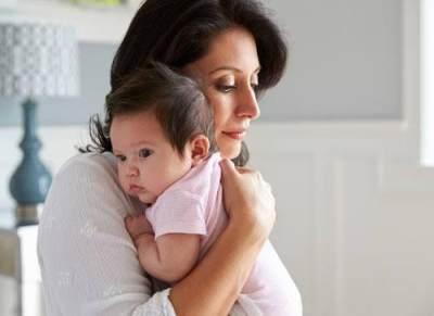 Perut Kembung Pada Bayi, Bagaimana Gejala dan Cara Mengatasinya? Cari Tahu Yuk!