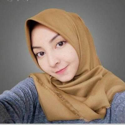 Cantik Penuh Pesona dengan Kerudung Saudia, Pilih yang Cocok untuk Moms Yuk!