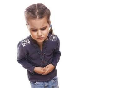 Apakah Cara Membuat Oralit untuk Anak Berbeda-beda Bagi Tiap Usia?