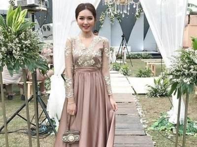 Tampil Cantik dengan Baju Kebaya, Ragam Model Ini Bisa Jadi Referensi!