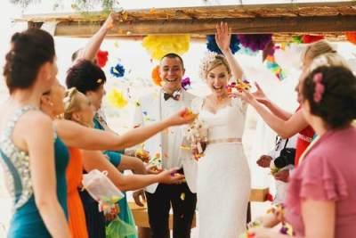 4. Dekorasi Pernikahan Unik