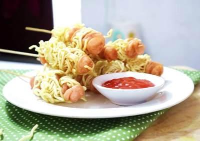 Si Kecil Bosan dengan Nasi? Cobain Yuk Moms Kreasi & Resep Olahan Mie untuk Anak