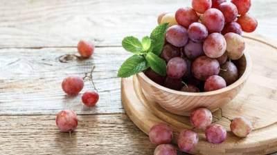 Dari Kesehatan Hingga Kecantikan, Cari Tahu Yuk Ragam Manfaat Anggur Merah!