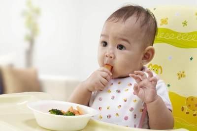 2. Oralit untuk Bayi 8 bulan