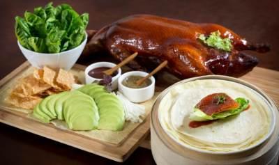 Resep Cara Membuat Bebek Peking Panggang, Bisa Jadi Favorit Keluarga Nih Moms!