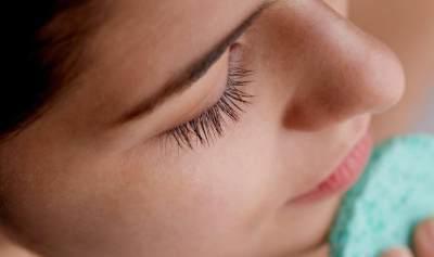 Komedo di Hidung Bagai Landak? Atasi dengan Daun Nangka Belanda, Moms
