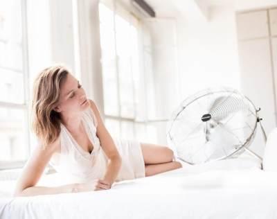 Tidur dengan Kipas Angin Berbahaya? Mitos Atau Fakta Ya, Moms?