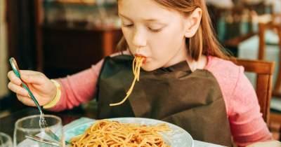 Tips Aman Konsumsi Mie Instan pada Anak
