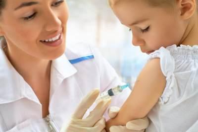 Mengenal Vaksin Yellow Fever, Kapan Harus Diberikan Pada Anak?