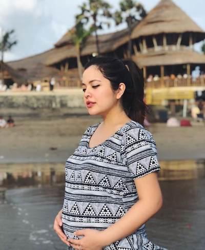 Tetap Cantik Saat Hamil ala Tasya Kamila, Bisa Jadi Inspirasi Para Bumil Nih!