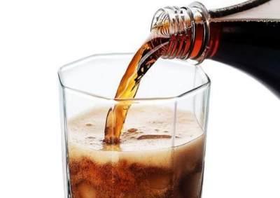 Ibu Menyusui Minum Soda