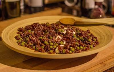 Nasi Merah Bertabur Sayur