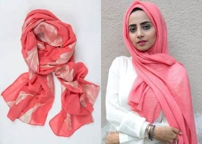 1. Warna Merah Marun