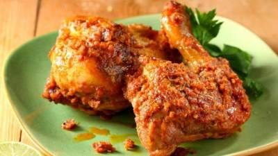 Resep Ayam Bakar Bumbu Padang, Bikin Sendiri Yuk Moms!