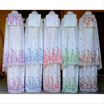 5. Mukena Bali Putih