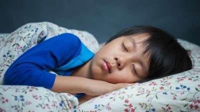 2. Tidur Lebih Awal