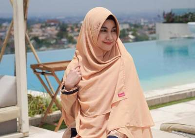 Ramadhan Makin Ceria dengan Ragam Pilihan Jilbab Instan, Intip Deh, Moms