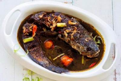 Mantap Betul, 8 Masakan Ikan Khas Nusantara ini Waijib Moms Coba!
