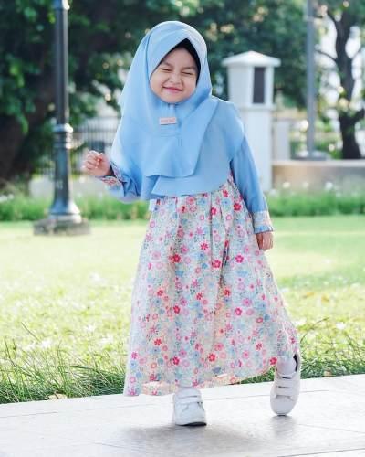 Ragam Pilihan Baju Muslim untuk Si Cantik, Intip Yuk, Moms!