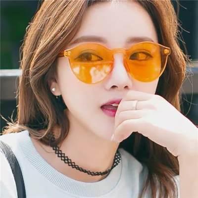 Lagi Hits, Ragam Kacamata Jelly Ini Bikin Penampilan Moms Trendy dan Kembali Muda
