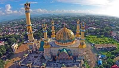 Asal-usul Julukan Pulau Seribu Masjid