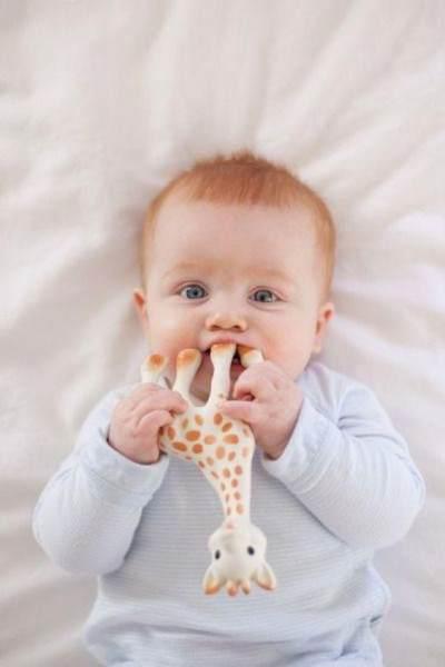 Mainan Bayi 3 Bulan yang Aman