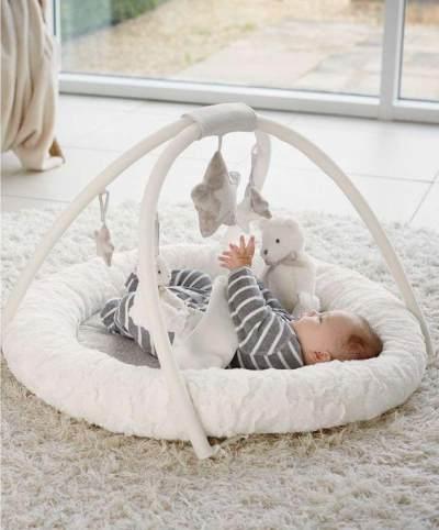 Mainan Bayi 3 Bulan Digantung