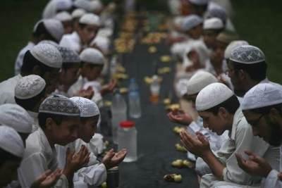 Puasa Ramadan Pertama Si Kecil, Yuk Ajarkan Doa Niat Sahur