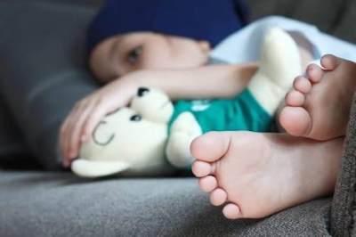 Tambah Pengetahuan Moms, Ketahui Penyebab dan Gejala Penyakit Leukimia Pada Anak