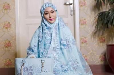 Dari Jepang hingga Prancis, Ini Model Mukena Terbaru yang Cantik dan Elegan